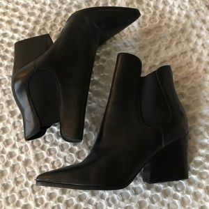 Kendall & Kylie Finley Boots! Size 8 Black